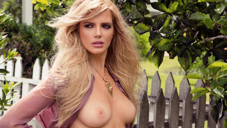 stephanie-march-naked-sex