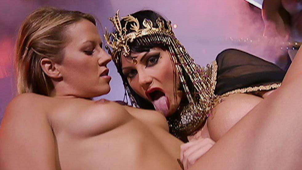 Westworld Star Making Tv Show Based On Smallville Star Allison Mack's Sex Cult